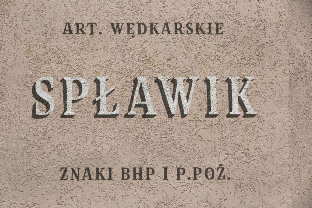 Nowe szyldy na ulicach Elbląga inicjatywa DobryZnak - artykuły wędkarskie Spławik