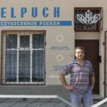 Nowe szyldy na ulicach Elbląga inicjatywa DobryZnak - witryna ELPUCH czyszczenie pierza