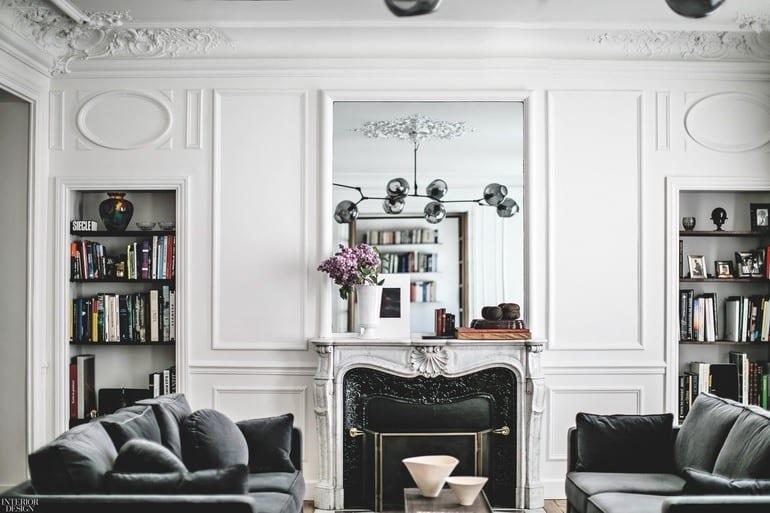 Studio JeanCharlesTomas i salon w odnowionym apartamencie w Paryżu