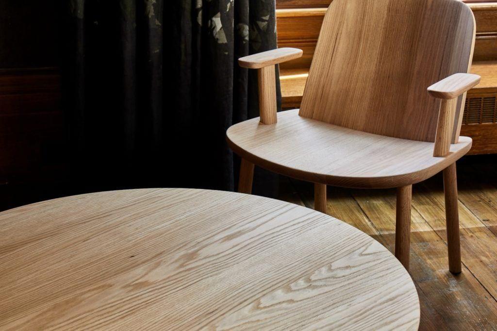 Fugu Jasper Morrison Studio Tristram Hunt V&A red oak AHEC - Legacy - London Design