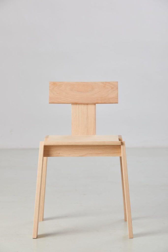 Krzesło Natural Born Tomek Rygalik - Swallow's Tail Furniture foto Maciej Cioch i Yassen Hristov
