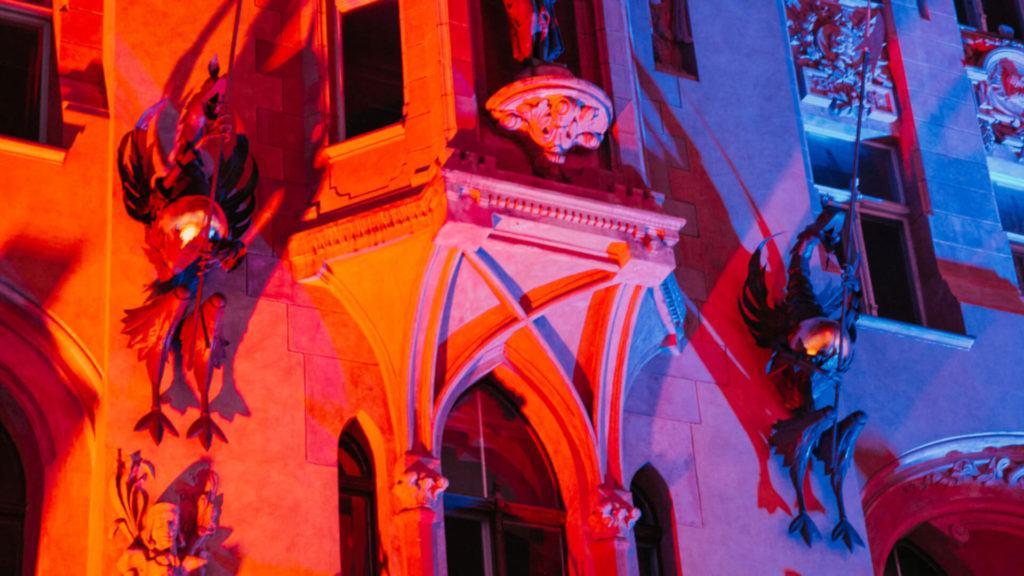 Light Move Festival w Łodzi magiczne smoki iluminacja