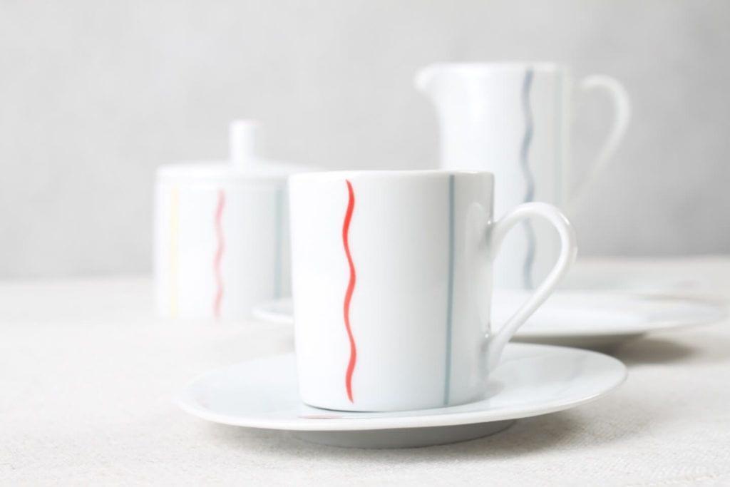 Kubki z kolekcji JAZZ projektu Olgi Milczyńskiej dla Porcelanowa
