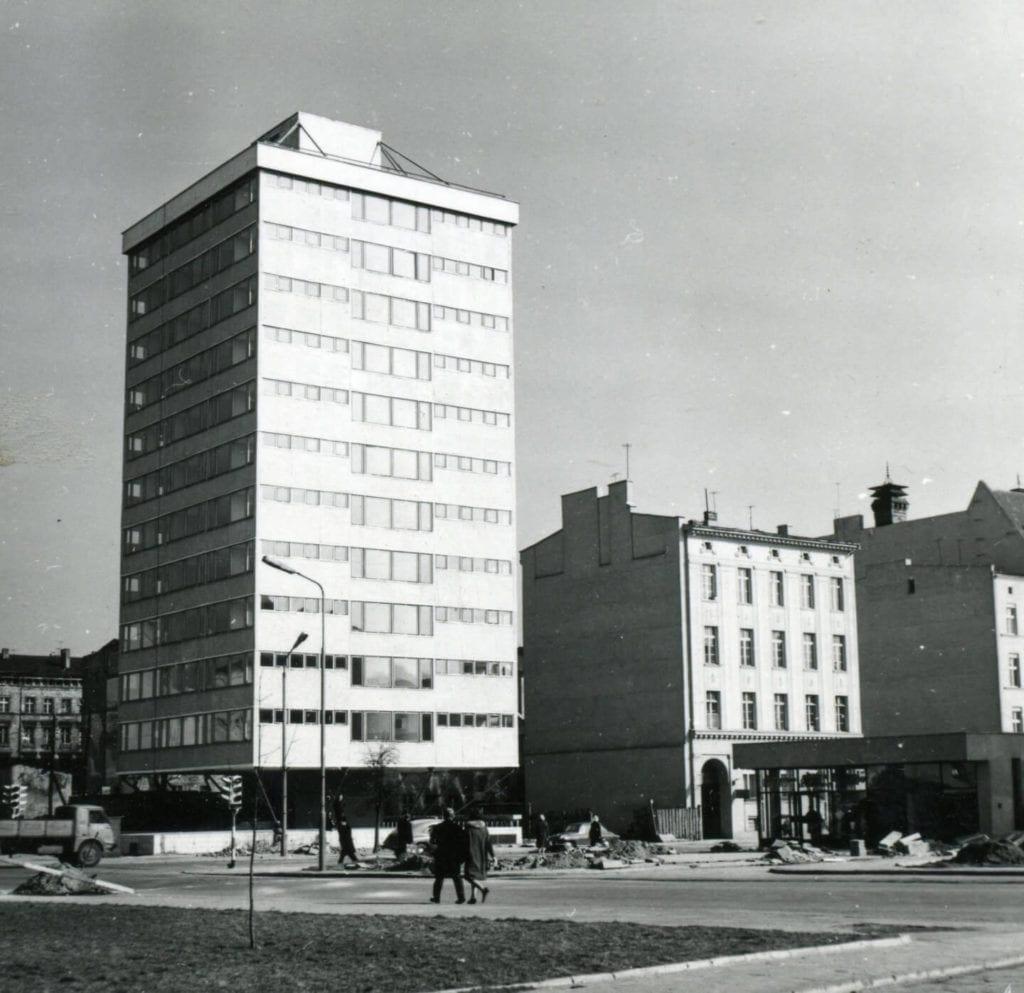 Trzonolinowiec u zbiegu ulic T. Kościuszki i Dworcowej, Fot. Tomasz Olszewski