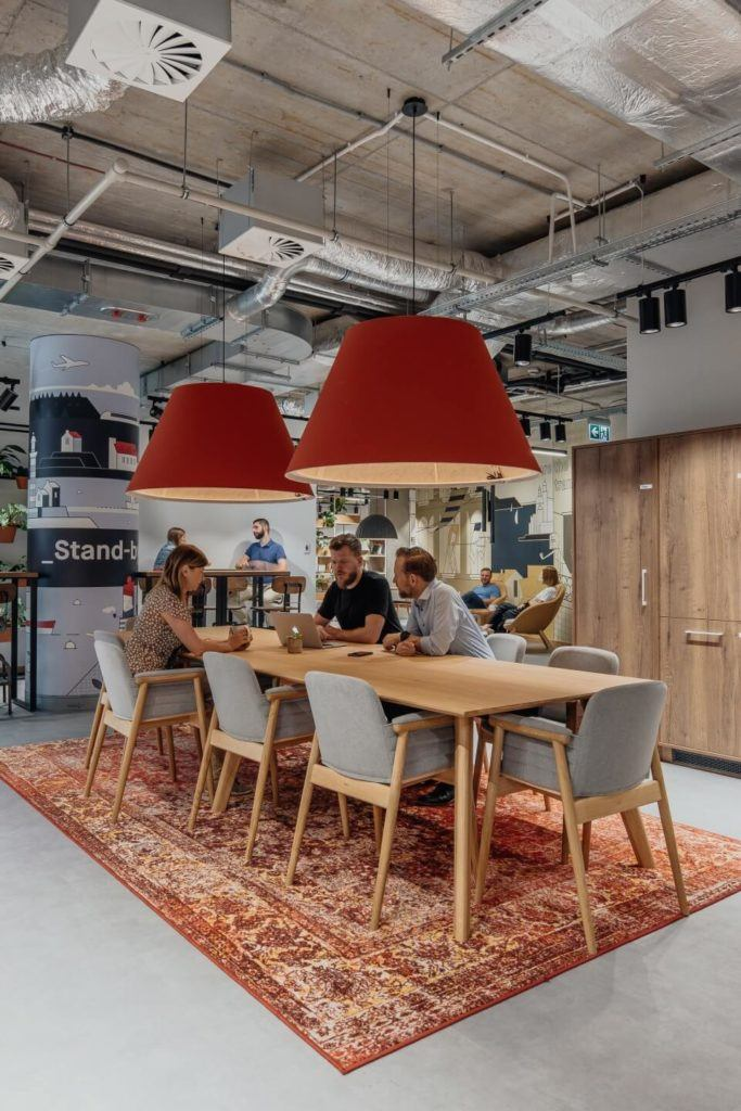 Biuro intive Wrocław projektu pracowni MIXD