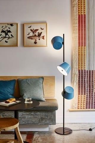 Design sprzed lat, czyli wnętrza w stylu vintage - Lampa stojąca z kolekcji Tam Tam Marset