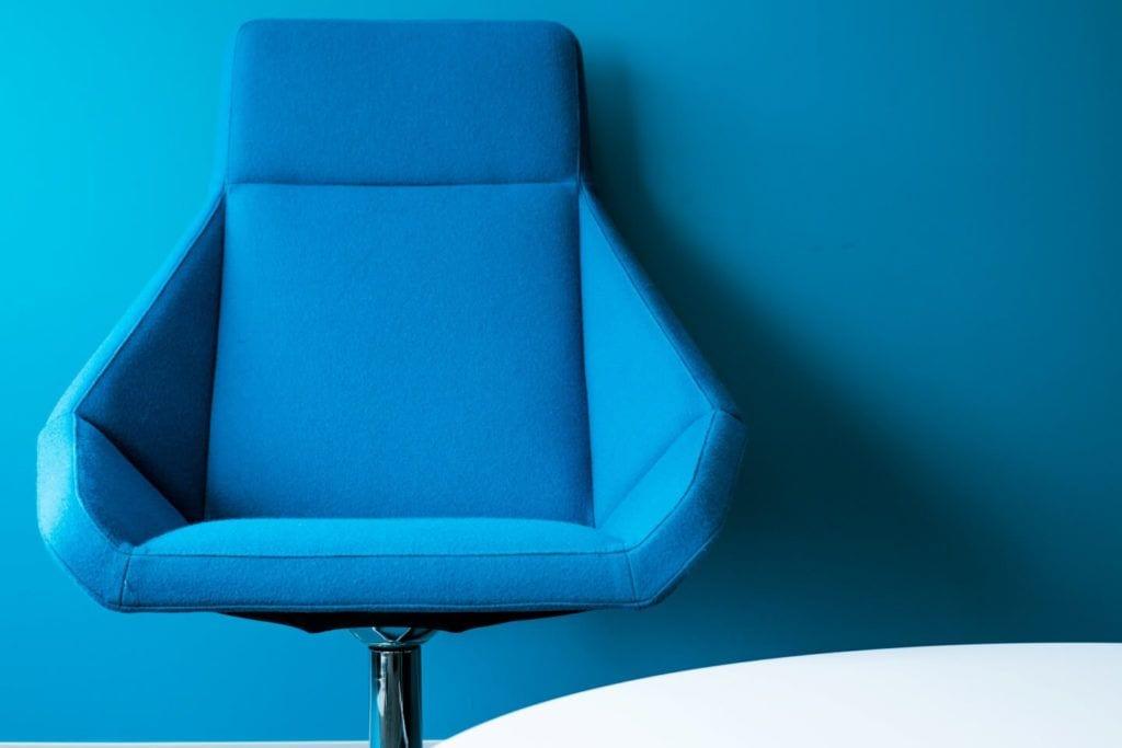 Dobry design w przestrzeni społecznej - pacific office interiors - unsplash
