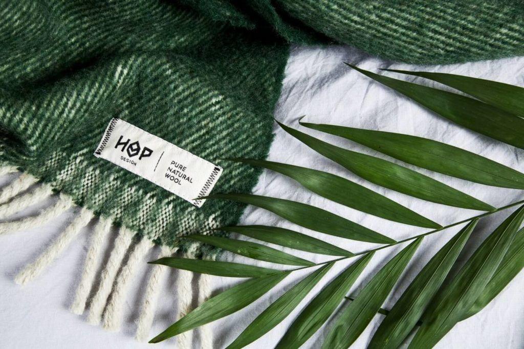 Hop Design - połączenie sztuki z rzemiosłem - pled ze 100% nowozelandzkiej wełny