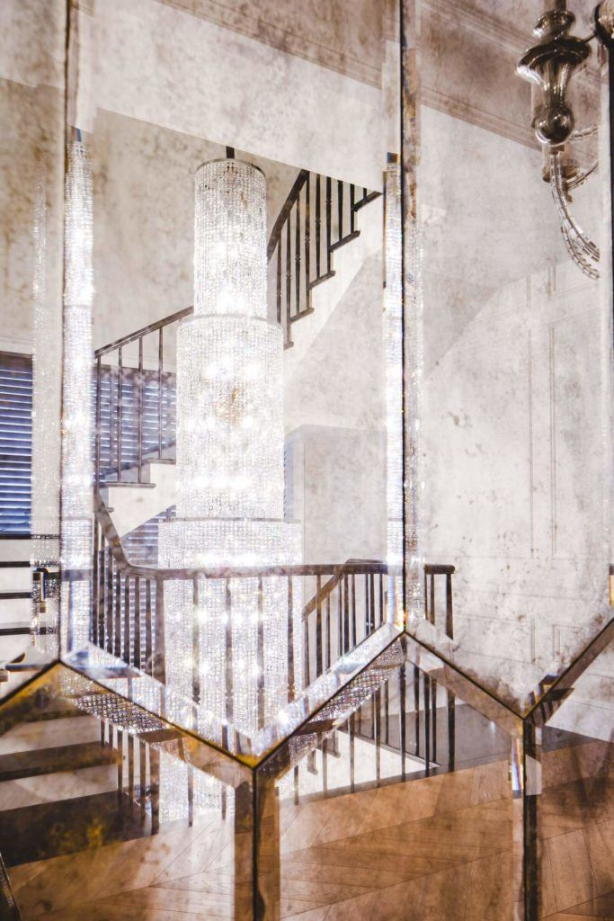 Luksusowa rezydencja na Wilanowie - pracownia Taff Architekci - foto Ignacy Matuszewski - schody