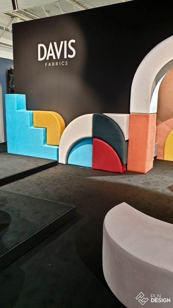 Międzynarodowe targi wnętrz Warsaw Home 2019 - stoisko marki Davis Fabrics