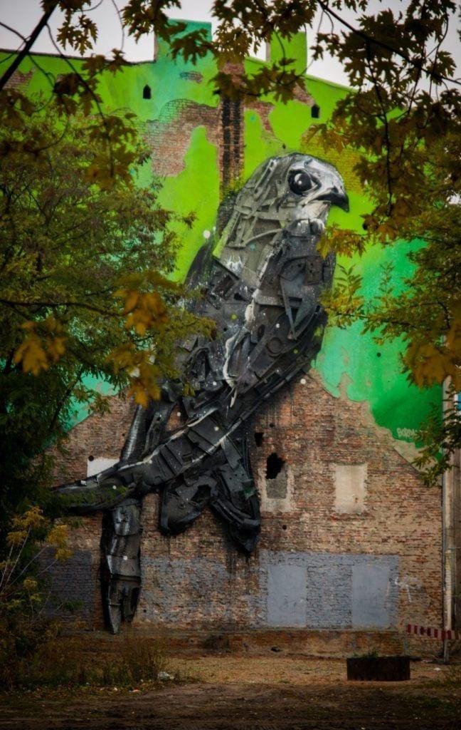 Murale czyli piękny romans sztuki z miastem - Bordalo II Apus Jerzyk 2015