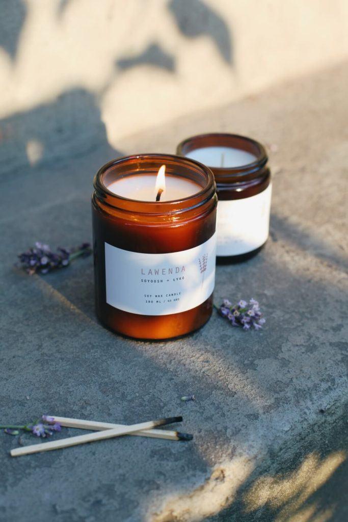 SOYOOSH - ręcznie robione świece sojowe z naturalnych składników - Ola Lewanowicz