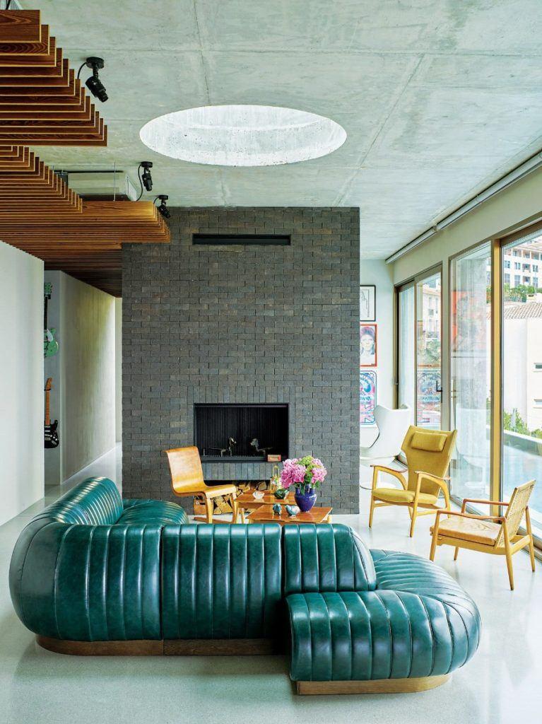 Zielona sofa w domu projektu Toma Dizona - Cactus Doree