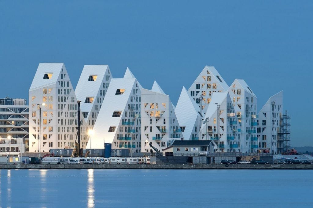 "Wystawa ""Future Living. Duńskie miasta przyszłości"" - PPNT Gdynia | Centrum Designu, Duński Instytut Kultury, Teknik og Miljø/Aarhus Kommune, Rising"