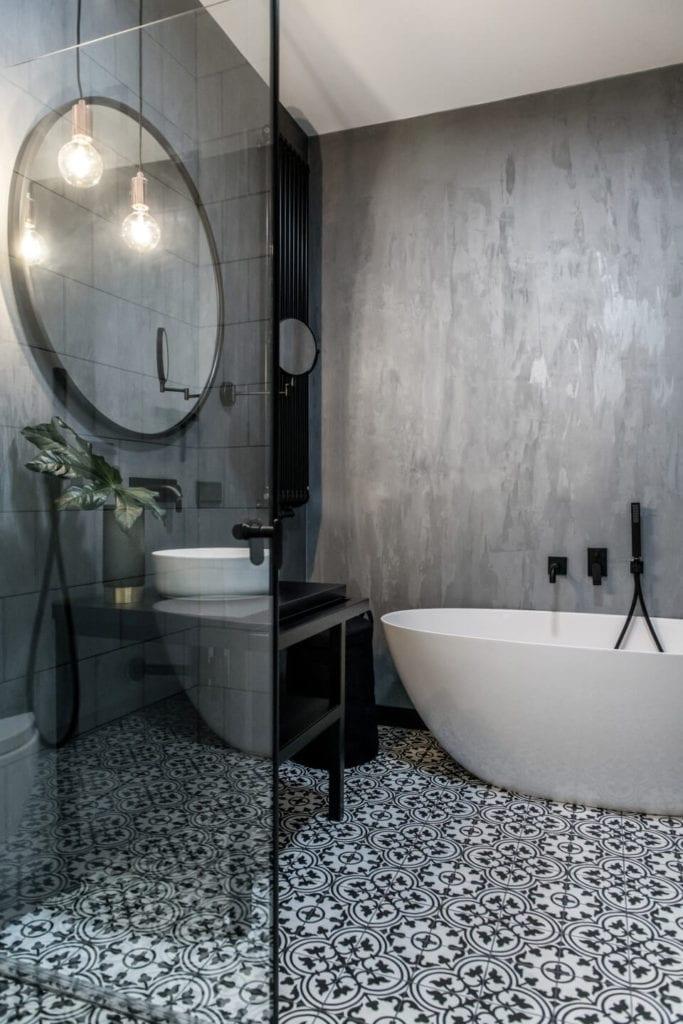 50-metrowe mieszkanie na warszawskim Żoliborzu projektu Deer Design - beton w łazience