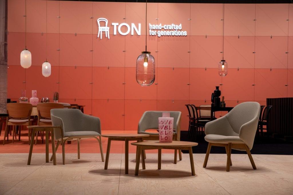 Międzynarodowe targi wyposażenia wnętrz Warsaw Home stoisko marki - TON