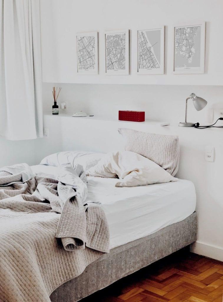 Plakaty Himaps - dekoracje ścienne pełne wspomnień - obrazki z mapami nad łóżkiem w sypialni