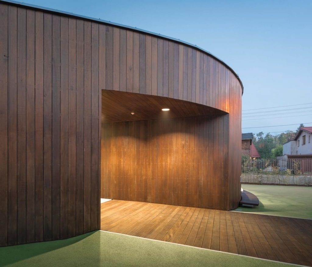 Przedszkole w Żorach projektu pracowni Toprojekt - wejście do budynku