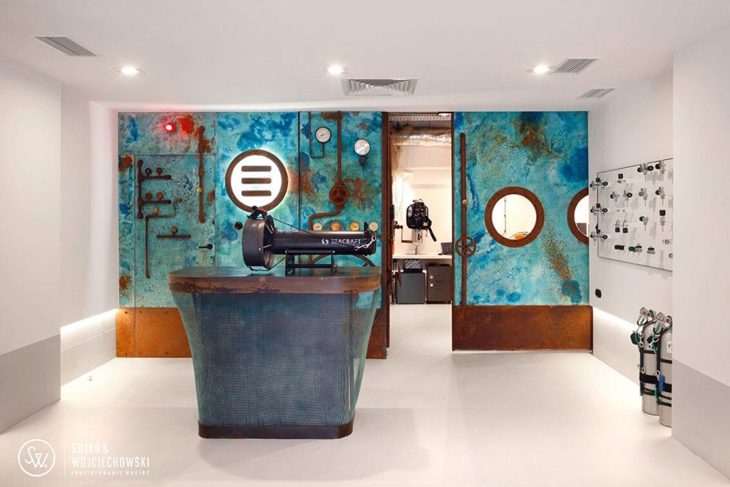 Teclin - niezwykły salon ze sprzętem nurkowym projektu pracowni SOJKA&WOJCIECHOWSKI
