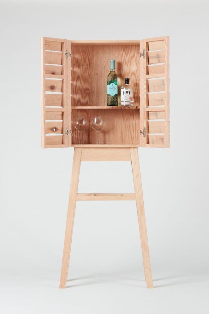 Wystarczą dwie deski czerwonego dębu - projekt AHEC i Rycotewood Furniture - Harry Swift