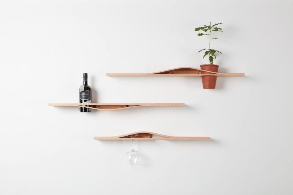 Wystarczą dwie deski czerwonego dębu - projekt AHEC i Rycotewood Furniture - Sophie Foster