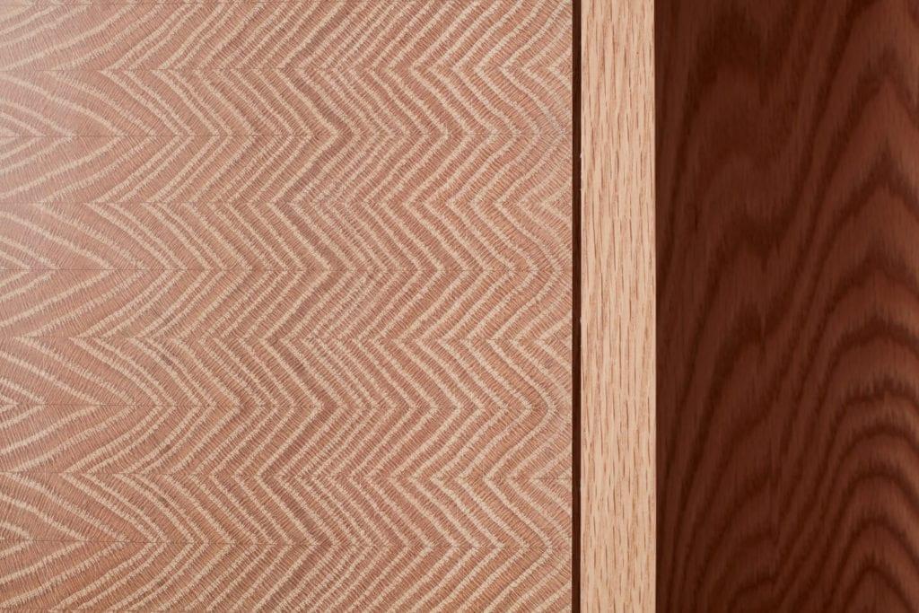 Wystarczą dwie deski czerwonego dębu - projekt AHEC i Rycotewood Furniture - Tom Acland