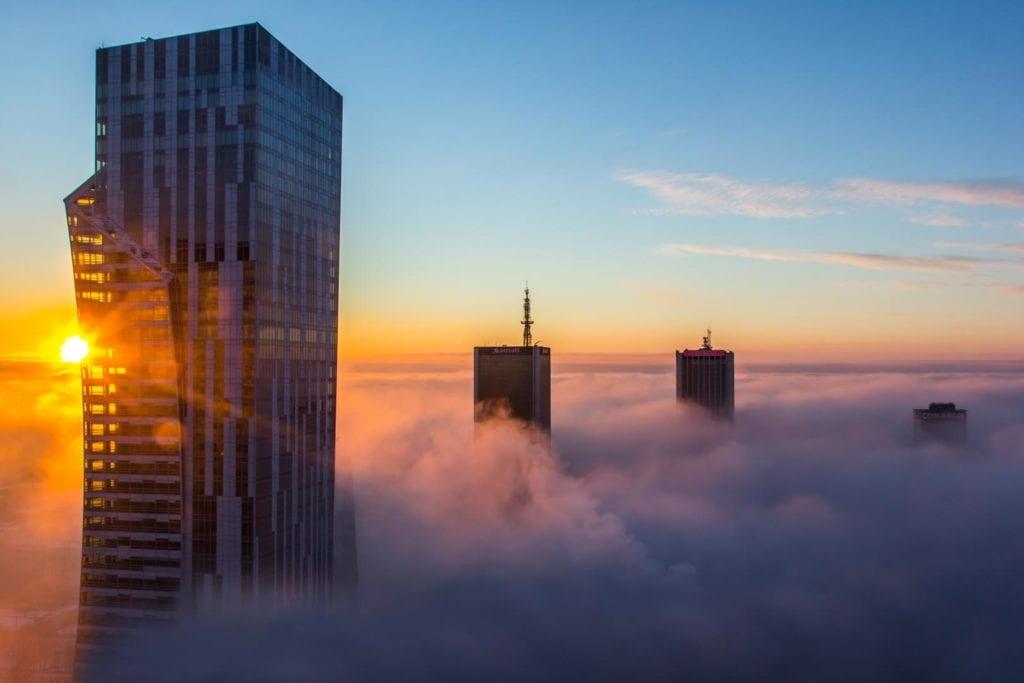 Złota 44 - ekologiczne dzieło architektury - projekt Daniel Libeskind