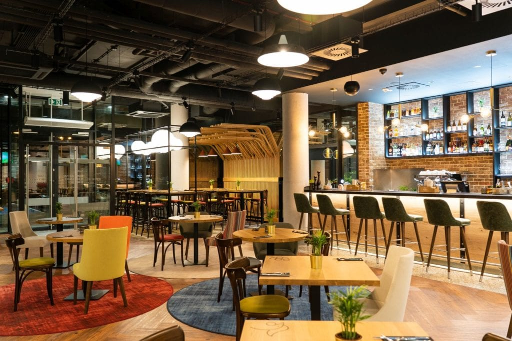 Ibis Styles Lublin Stare Miasto projektu pracowni Tremend - część restauracyjna
