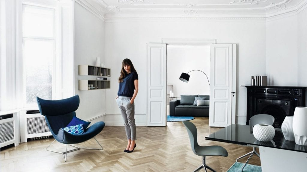 Pantone Color of the Year 2020 - 19-4052 Classic Blue - BoConcept