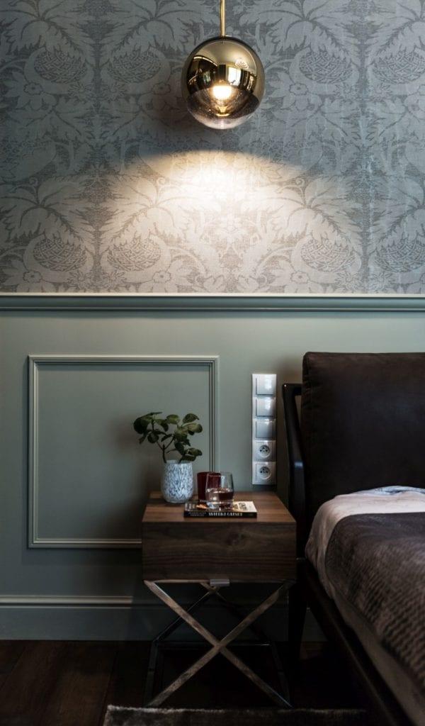 Pracownia Viva Design i luksusowy apartament w Warszawie - tapeta w sypialni