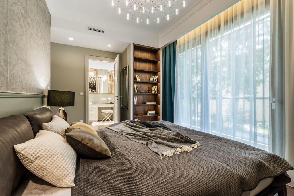 Pracownia Viva Design i luksusowy apartament w Warszawie - sypialnia w apartamencie