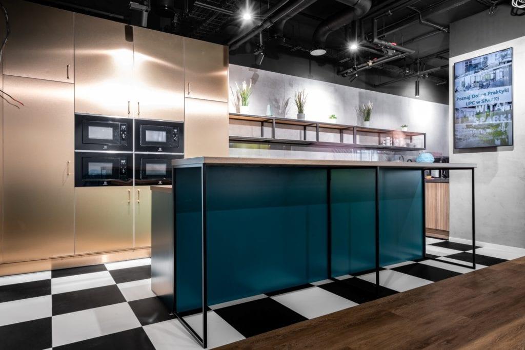 Warszawskie biuro UPC projektu The Design Group - część gastronomiczna
