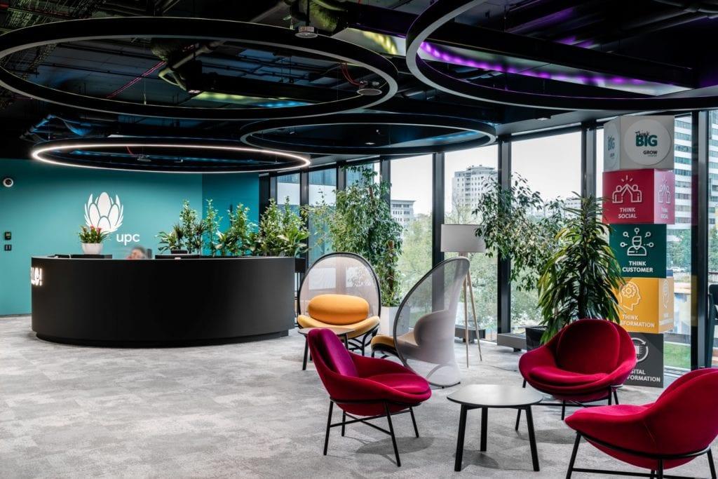 Warszawskie biuro UPC projektu The Design Group - recepcja