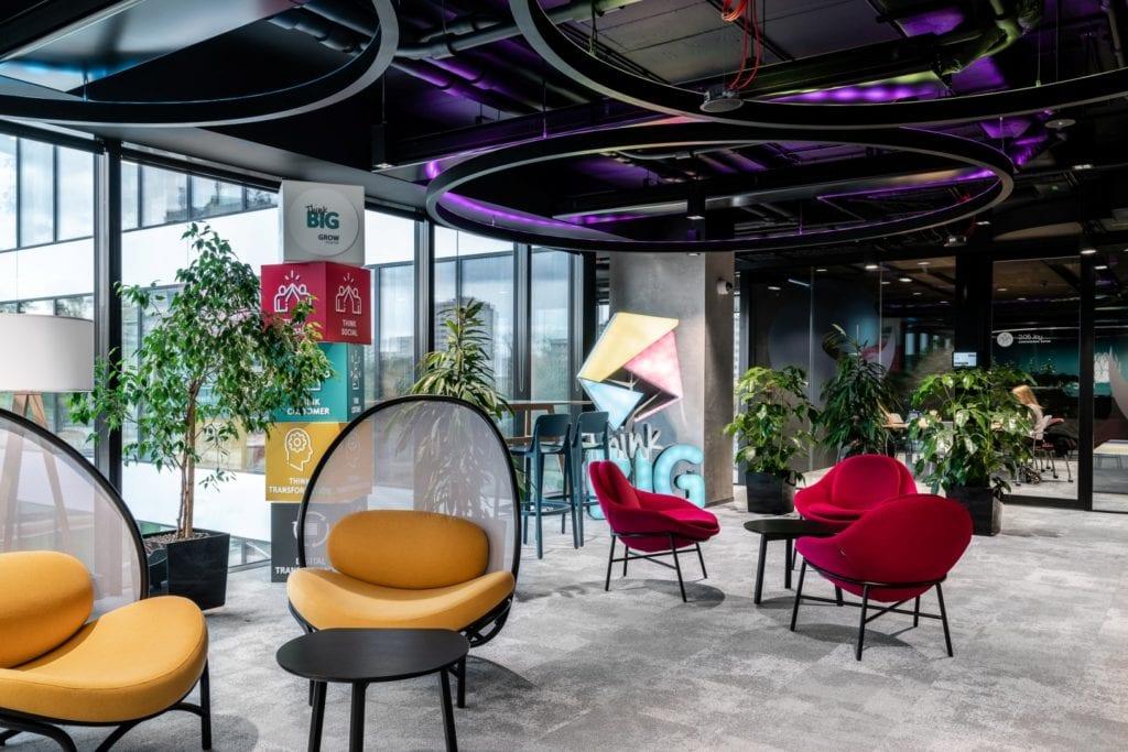 Warszawskie biuro UPC projektu The Design Group - część recepcyjna