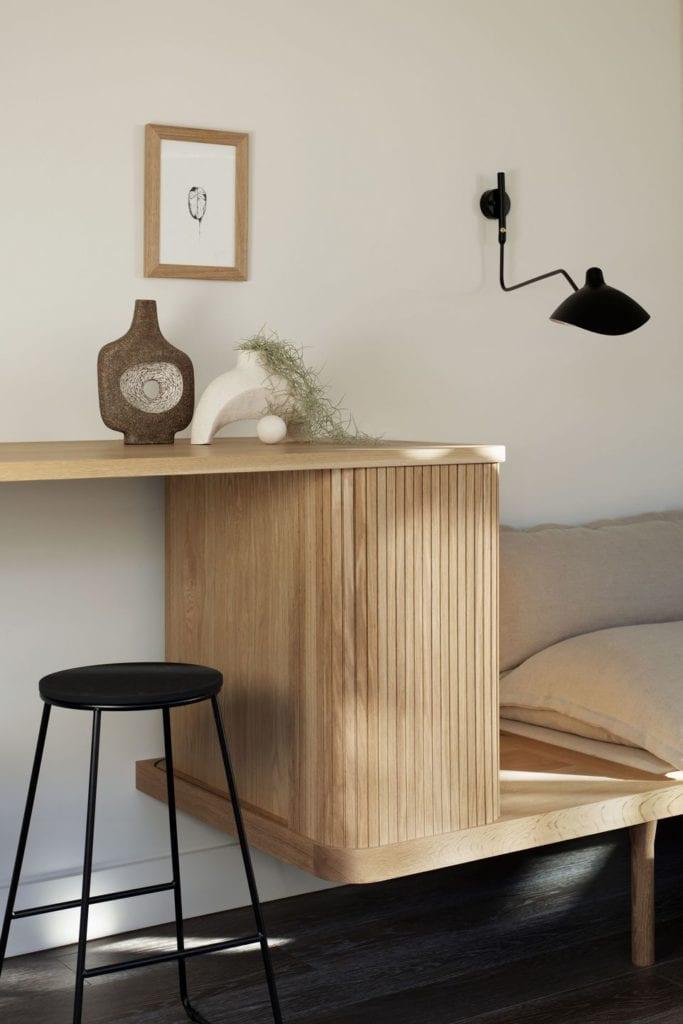 Drewniany mebel w projekcie One MANI House