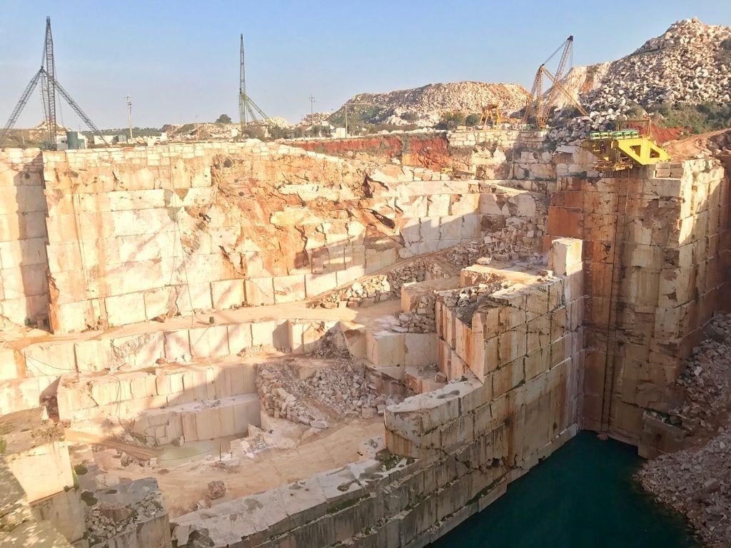 Marmury Rosa Portogallo - przepis na idealne piękno od hurtowni kamienia naturalnego Interstone