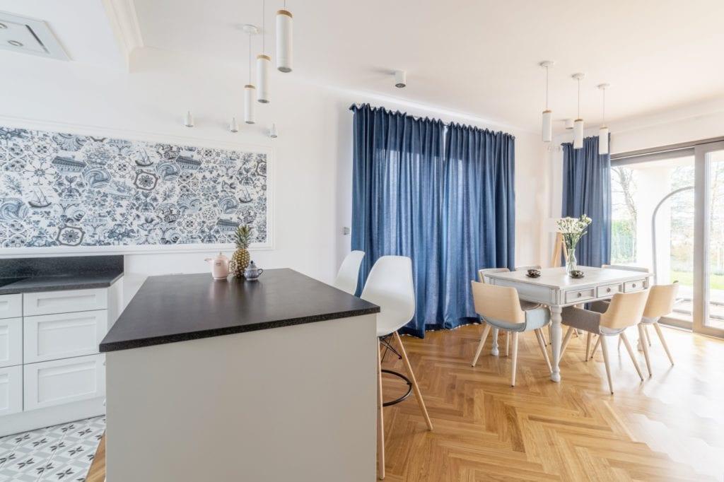 Salon połączony kuchnią
