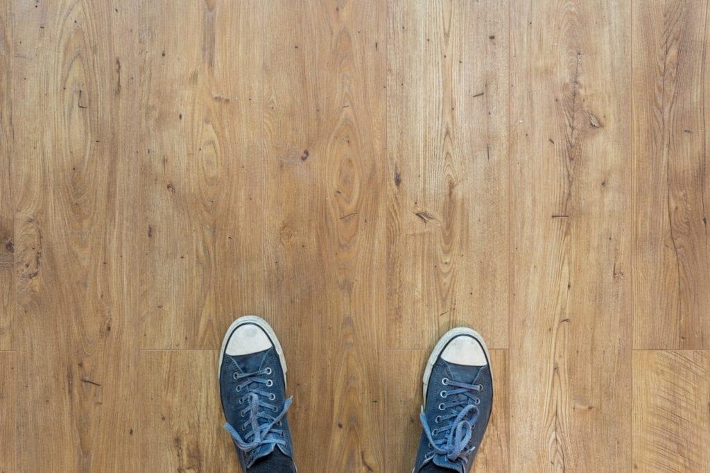 Nowoczesne ogrzewanie podłogowe do domu i mieszkania - neven krcmarek - unsplash