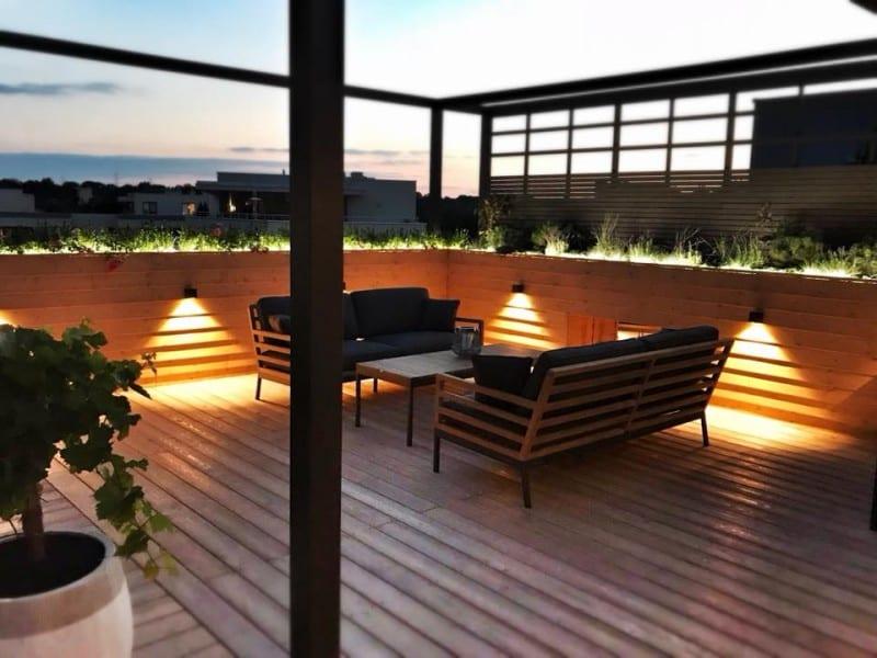 Wybierz najlepszą realizację 2019 - plebiscyt Polska Architektura XXL - Drewniany taras na dachu budynku w Warszawie, Fabryka Ogrodów
