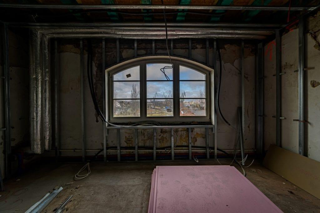 Stocznia Cesarska: budynek Dyrekcji Stoczni Gdańskiej odzyskuje należyty blask
