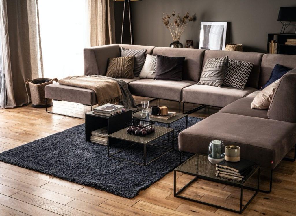 Wybieramy meble tapicerowane do salonu i sypialni -