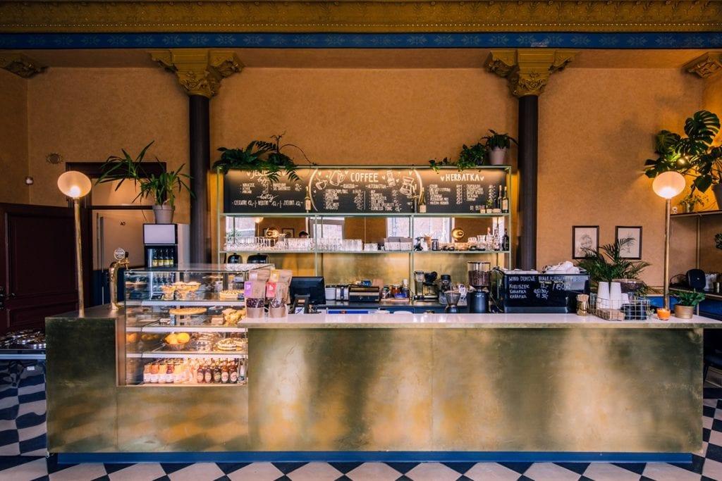 Łódzka kawiarnia Szykier - projekt pracowni Koziej Architekci - kawiarnia w Łodzi przy ulicy Północnej 1/3 w kamienicy z 1900 roku