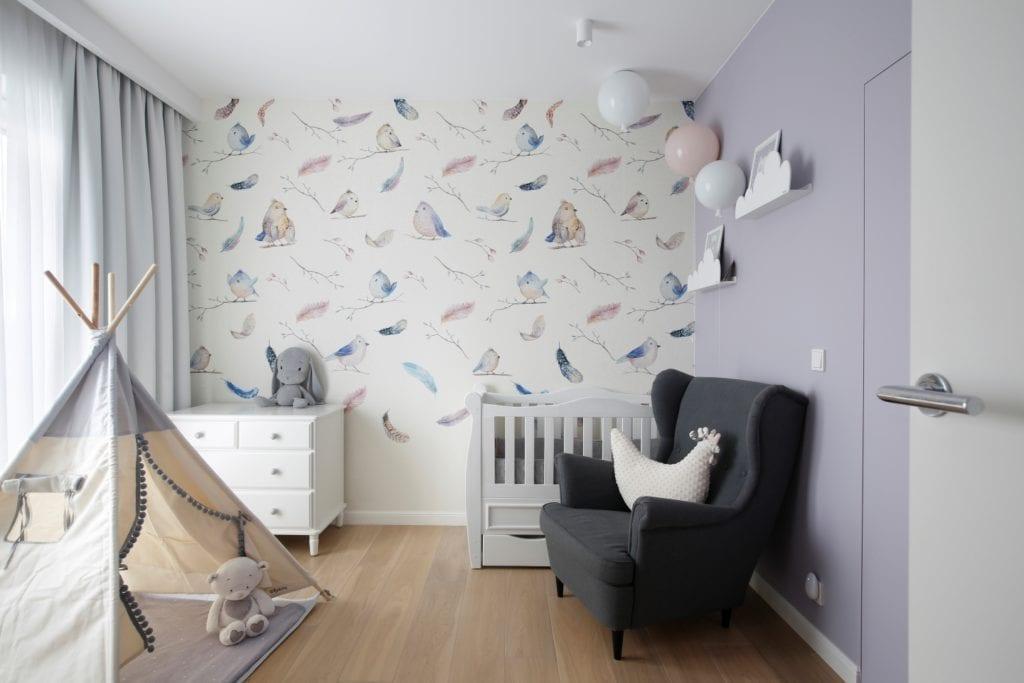MIKOŁAJSKAstudio i wnętrza domu w Krakowie - kolorowa tapeta w pokoju dziecięcym