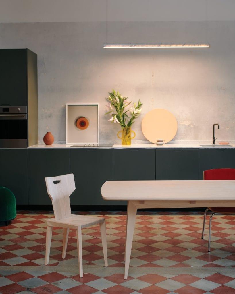 Stół TAOZ projektu Swallow's Tail Furniture - Magdalena Hubka - Piotr Grzybowski