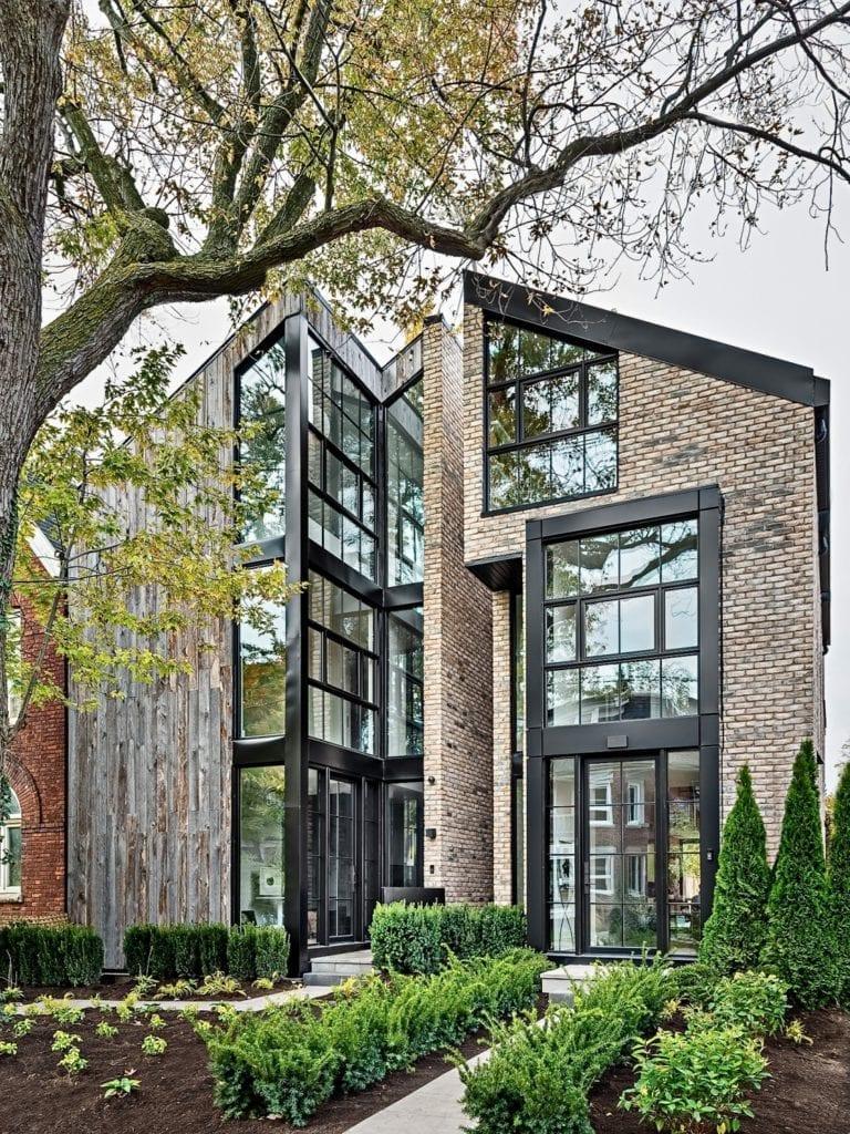 Dom Sorauren 118 i Sorauren 116 w Toronto projektu pracowni Ancerl Studio zdjęcia Gillian Jackson