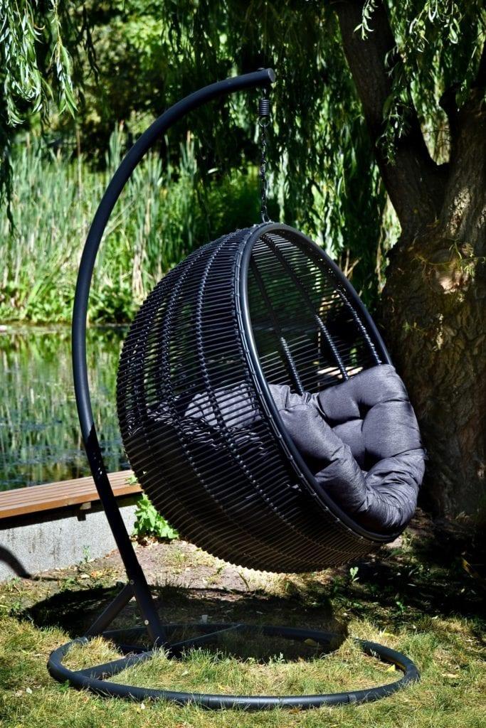 Miloo Home - Cocoon de Lux - 3 najgorętsze trendy w aranżacjach ogrodu, tarasu i balkonu Meble tarasowe - meble ogrodowe - meble outdoorowe