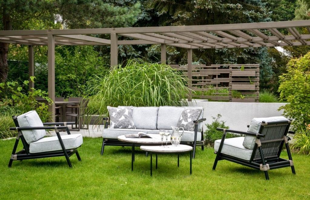 Miloo Home - Kiara - 3 najgorętsze trendy w aranżacjach ogrodu, tarasu i balkonu Meble tarasowe - meble ogrodowe - meble outdoorowe