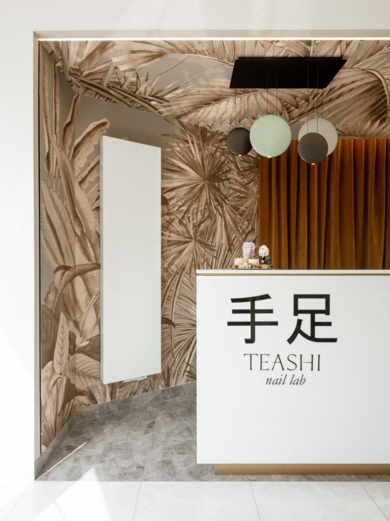 Pracownia BLACKHAUS i projekt laboratorium paznokci TEASHI
