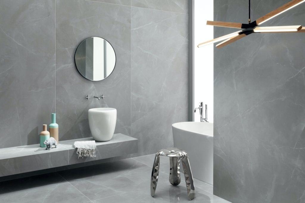 Tubądzin i nowoczesna łazienka w wielkim mieście - Grey Pulpis