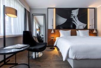 Hotel Radisson Blu Bazylea projektu Iliard Architecture & Interior Design